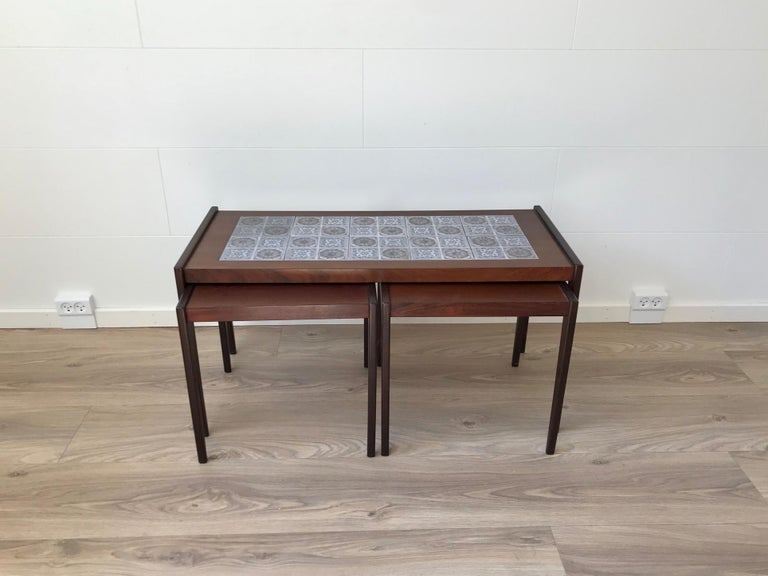 Scandinavian Modern Nesting Tables in Teak & Oak, 1970s In Good Condition For Sale In Esbjerg, DK