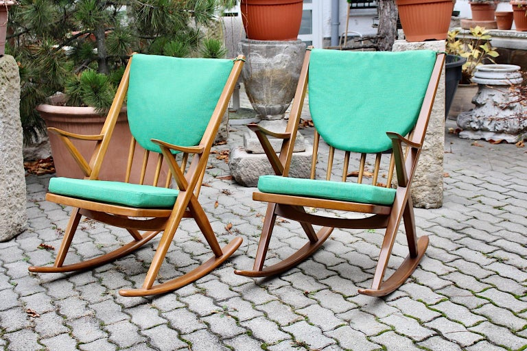 Scandinavian Modern Pair of Green Beech Vintage Rocking Chair Frank Reenskaug For Sale 9
