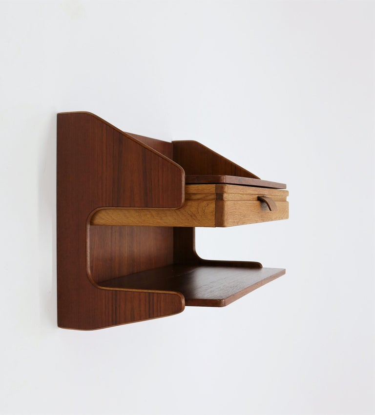 Set of amazing wall mounted side tables in oak and teak made in Denmark in the 1960s. In the style of Børge Mogensen, Wegner, Finn Juhl and other Danish Designers from the period. High quality and very well crafted.