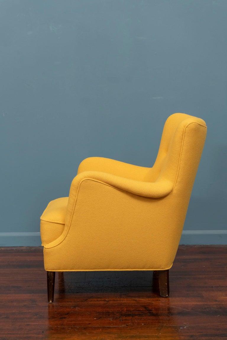 Mid-20th Century Scandinavian Modern Petite Lounge Chair