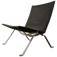 Scandinavian Modern Poul Kjærholm PK 22 Vintage Black Leather Chair