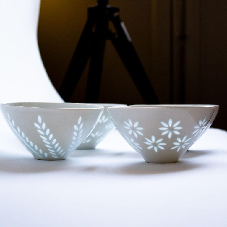 Mid-20th Century Scandinavian Modern Rice Grain Bowls by Friedl Holzer-Kjellberg, Arabia For Sale