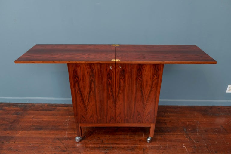 Scandinavian Modern Rosewood Bar Cabinet by Torbjorn Afdal for Bruskbo In Good Condition For Sale In San Francisco, CA