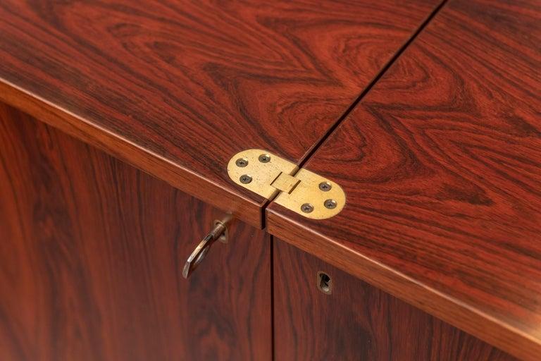 Scandinavian Modern Rosewood Bar Cabinet by Torbjorn Afdal for Bruskbo For Sale 2