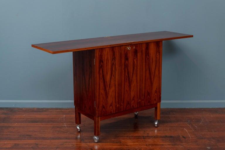 Scandinavian Modern Rosewood Bar Cabinet by Torbjorn Afdal for Bruskbo For Sale 3