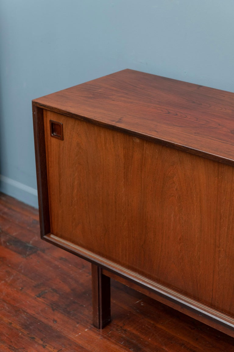 Scandinavian Modern Rosewood Credenza by Gunni Omann, Model 21 For Sale 2