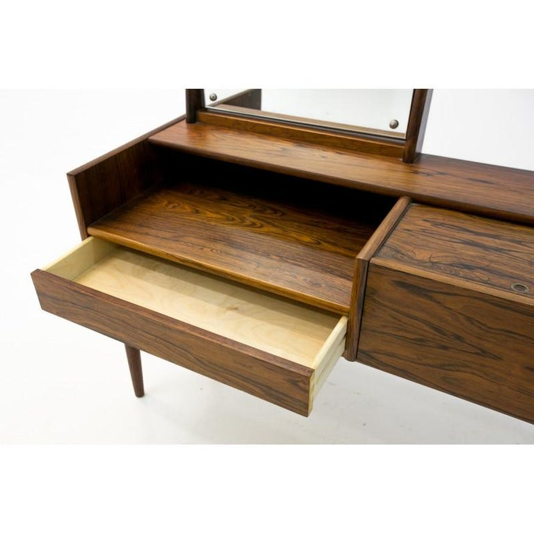 Vanity Scandinavian Modern Rosewood Dressing Table with Mirror, 1970s In Good Condition For Sale In Chorzów, PL
