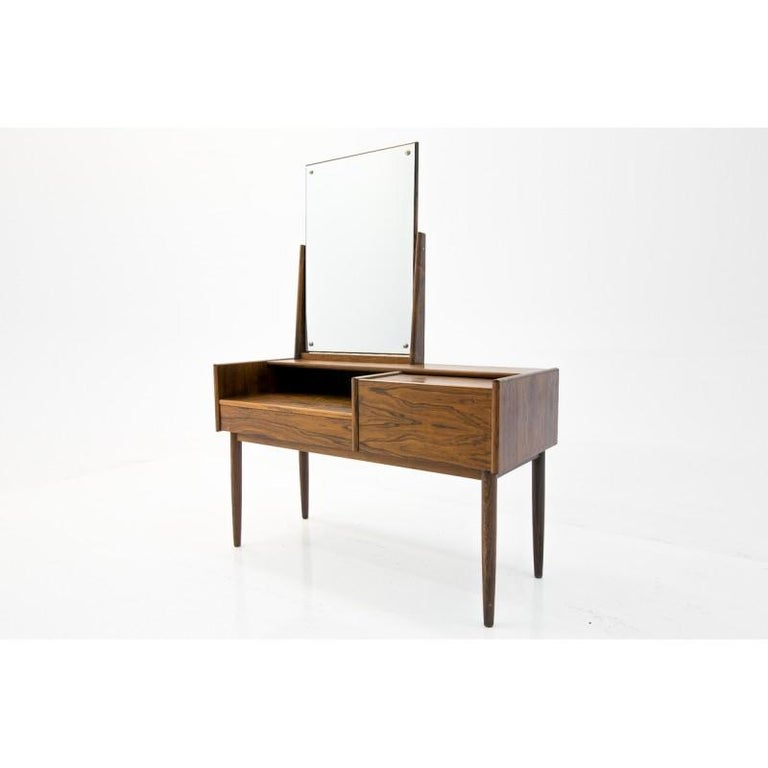 Vanity Scandinavian Modern Rosewood Dressing Table with Mirror, 1970s For Sale 1