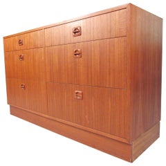 Scandinavian Modern Six-Drawer Dresser
