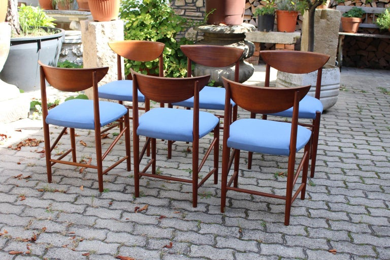 Scandinavian Modern Six Vintage Teak Dining Chairs Peter Hvidt, Denmark For Sale 5