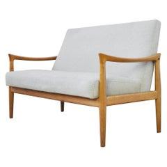Scandinavian Modern Sofa by Fritz Hansen, 1960s