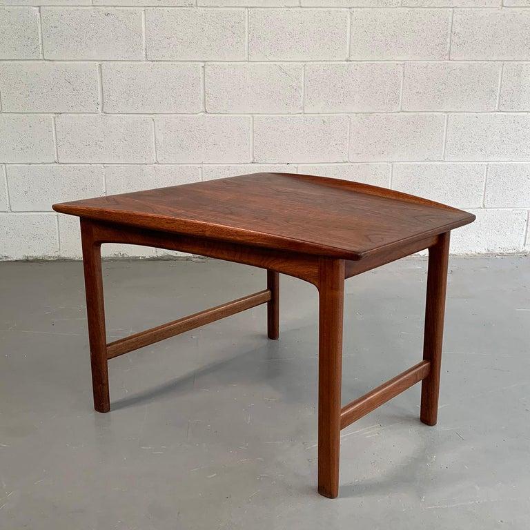 Swedish Scandinavian Modern Tapered Teak Side Table by Folke Ohlsson for DUX For Sale