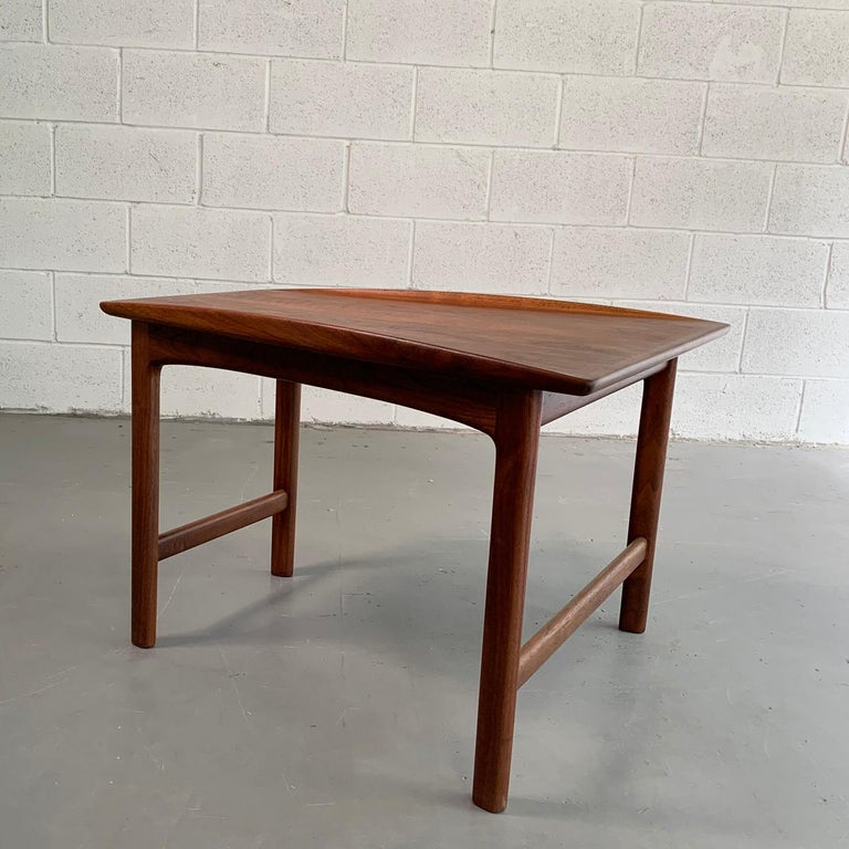 Scandinavian Modern Tapered Teak Side Table by Folke Ohlsson for DUX For Sale 2