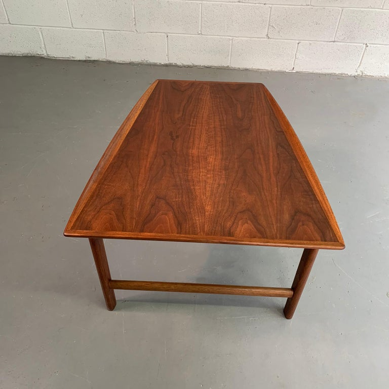 Scandinavian Modern Tapered Teak Side Table by Folke Ohlsson for DUX For Sale 4