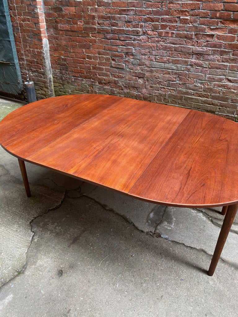 Mid-20th Century Scandinavian Modern Teak and Oak Dining Table For Sale