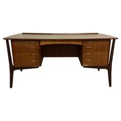 Scandinavian Modern Teak Desk by Svend Madsen for HP Hansen, Denmark 1960s