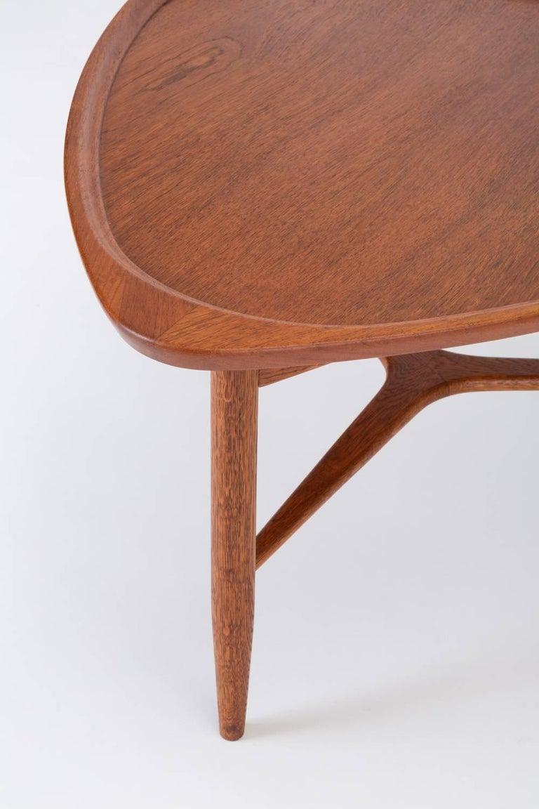 scandinavian modern teak guitar pick side table for sale at 1stdibs. Black Bedroom Furniture Sets. Home Design Ideas