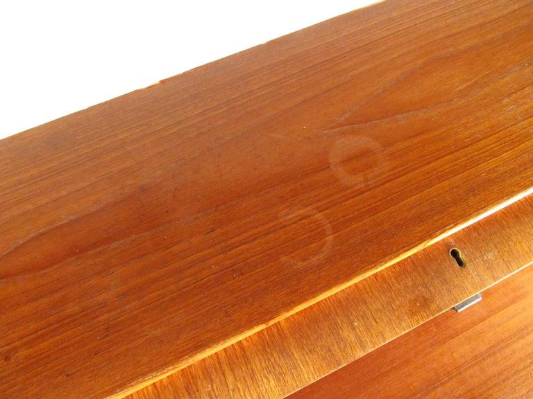 Scandinavian Modern Teak Roll Top Desk For Sale 13