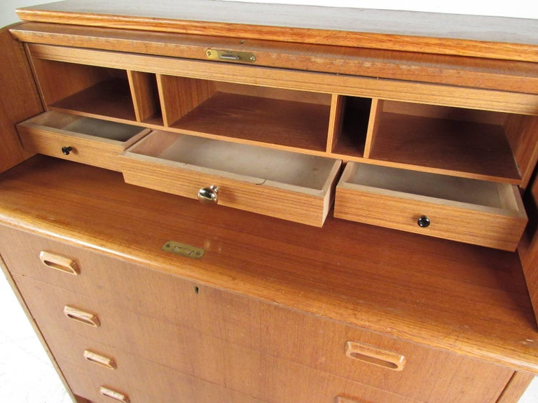 Scandinavian Modern Teak Roll Top Desk For Sale 2