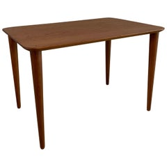 Scandinavian Modern Teak Side Table by Peter Hvidt for France & Daverkosen