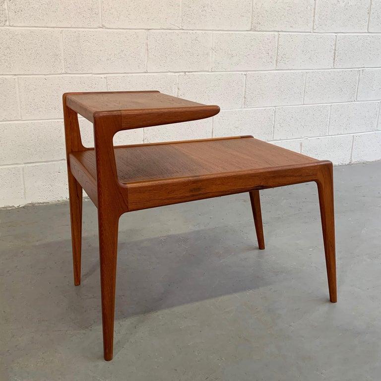 Scandinavian Modern Teak Stepped Side Table For Sale 1