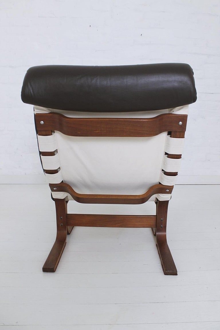 Scandinavian Modern Tufted Leather Lounge Chair, 1970 For Sale 10