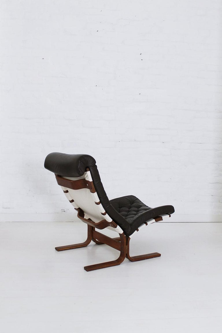 20th Century Scandinavian Modern Tufted Leather Lounge Chair, 1970 For Sale