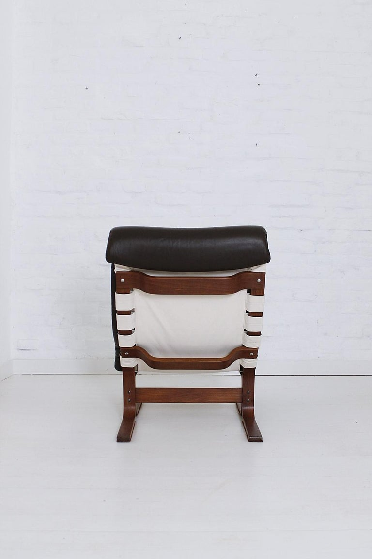 Scandinavian Modern Tufted Leather Lounge Chair, 1970 For Sale 1