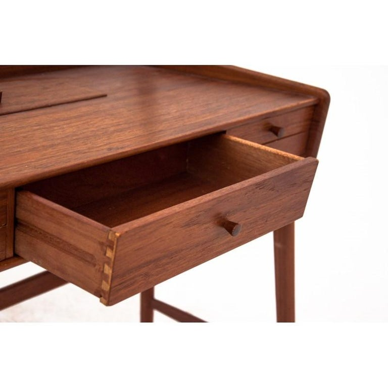 Scandinavian Modern Vanity / Dressing Table, 1960s For Sale 2