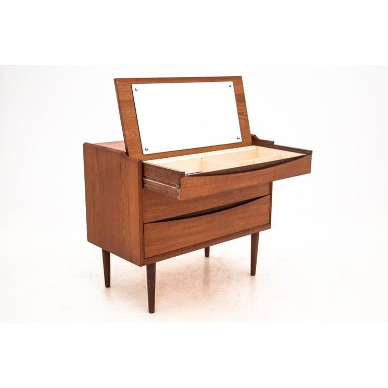 Scandinavian Modern Vanity / Dressing Table by Arne Vodder, 1960s For Sale 3