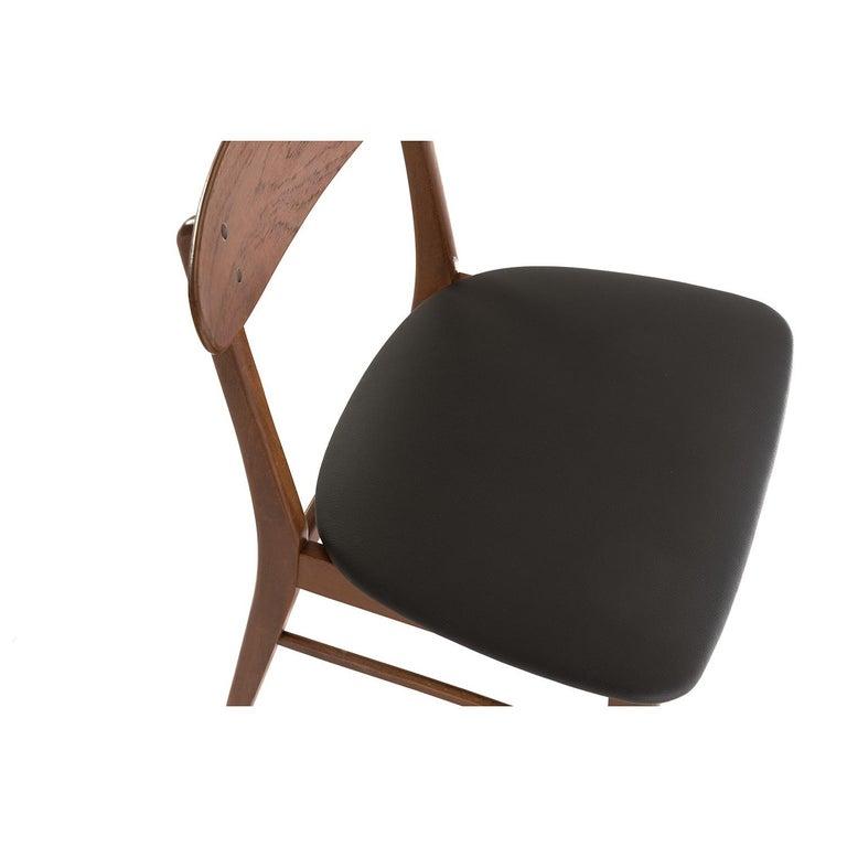 Beech Scandinavian Modern Vintage Teak Dining Chairs For Sale