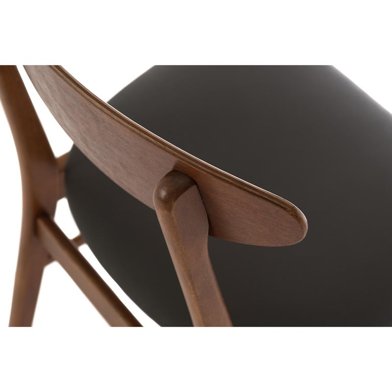 Scandinavian Modern Vintage Teak Dining Chairs For Sale 2