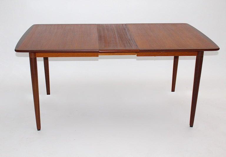 Mid-20th Century Scandinavian Modern Vintage Teak Extending Dining Table or Table Denmark, 1960s For Sale