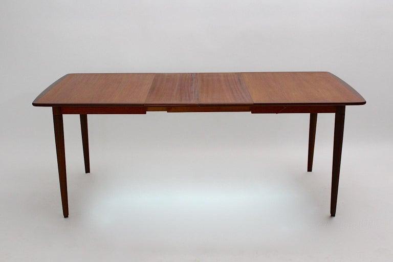 Scandinavian Modern Vintage Teak Extending Dining Table or Table Denmark, 1960s For Sale 1