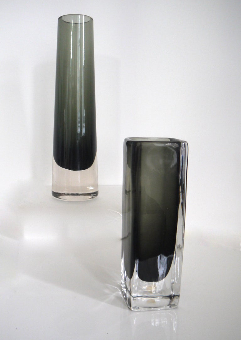 Scandinavian Modernist vases Elme Glasbruk and Nils Landberg for Orrefors, 1958