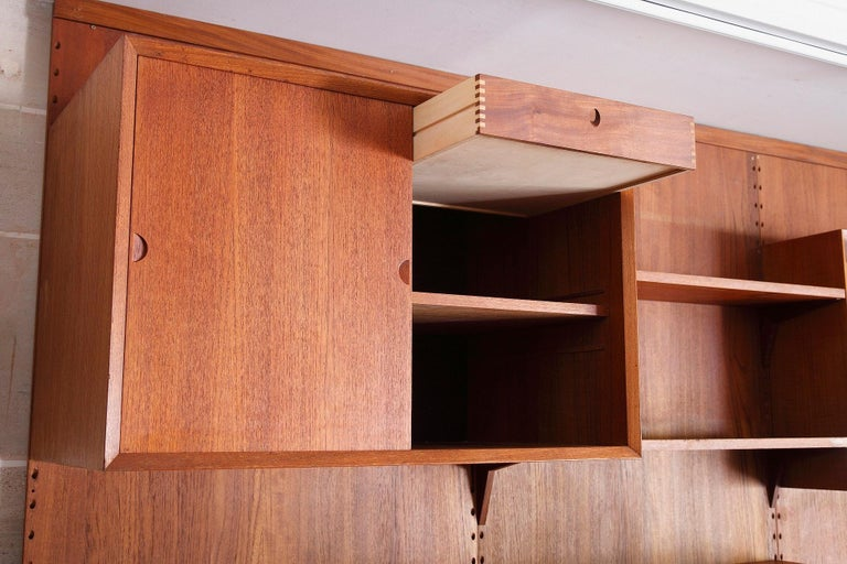 Scandinavian Modular Wall Unit by Poul Cadovius For Sale 4