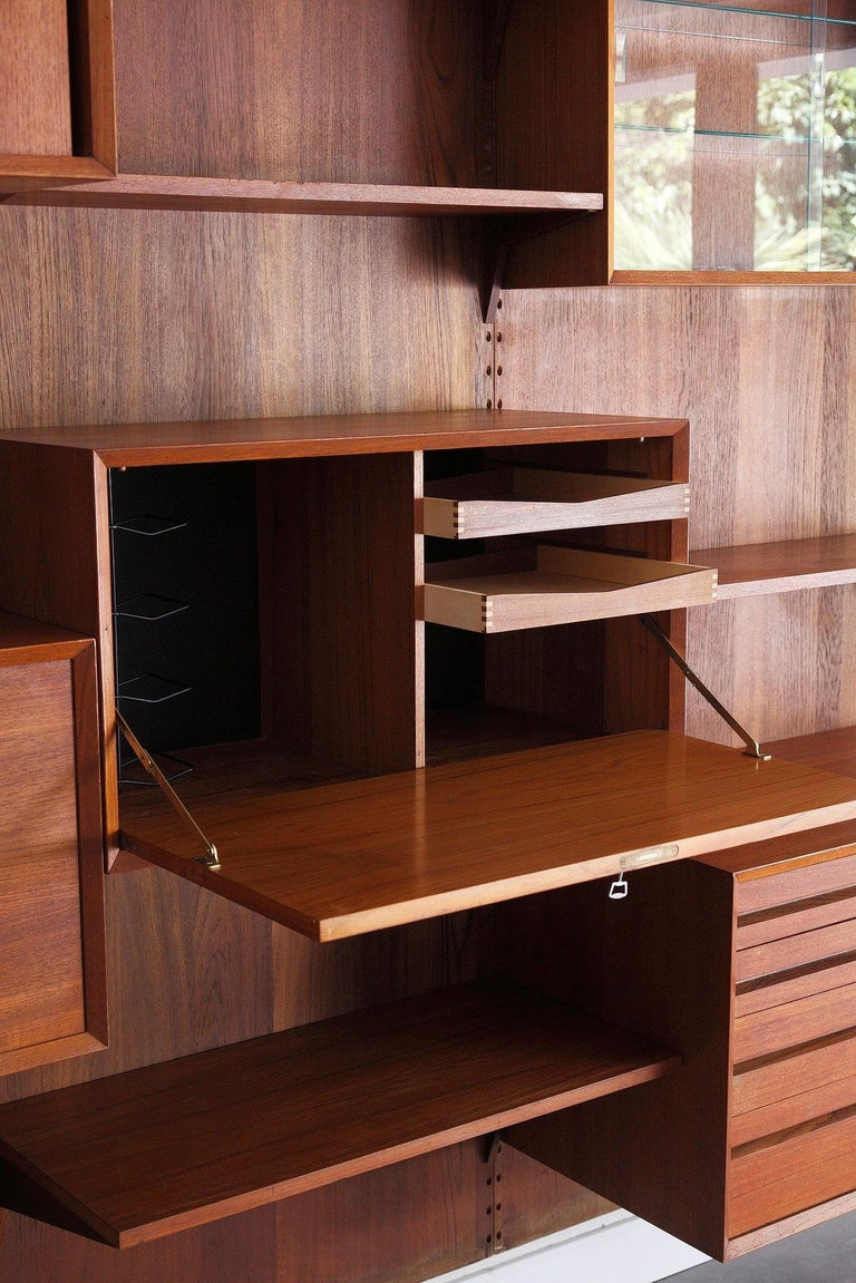 Scandinavian Modular Wall Unit by Poul Cadovius In Good Condition For Sale In Paris, FR