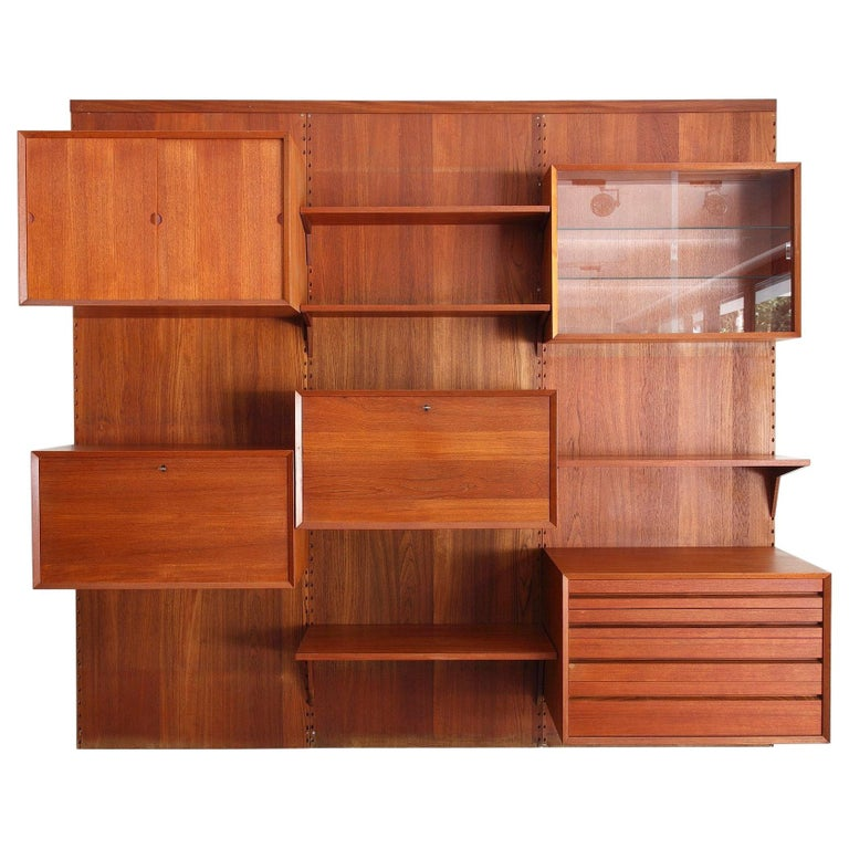 Scandinavian Modular Wall Unit by Poul Cadovius For Sale