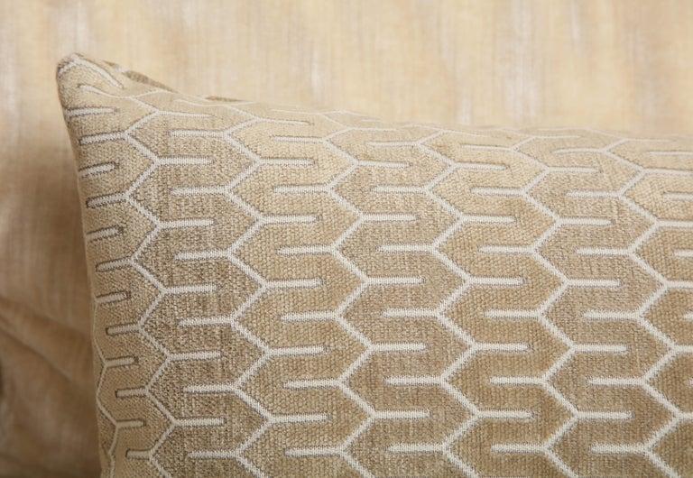 American Scandinavian Pair of Modern Rectangular Velvet White/Silver/Cream Pillows For Sale