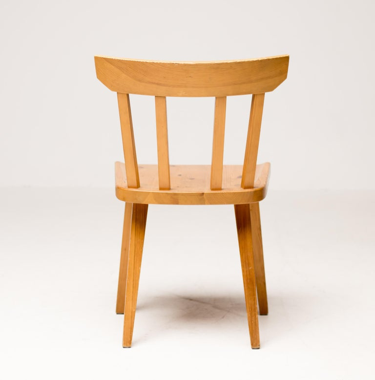 Scandinavian Pine Dining Set For Sale 4