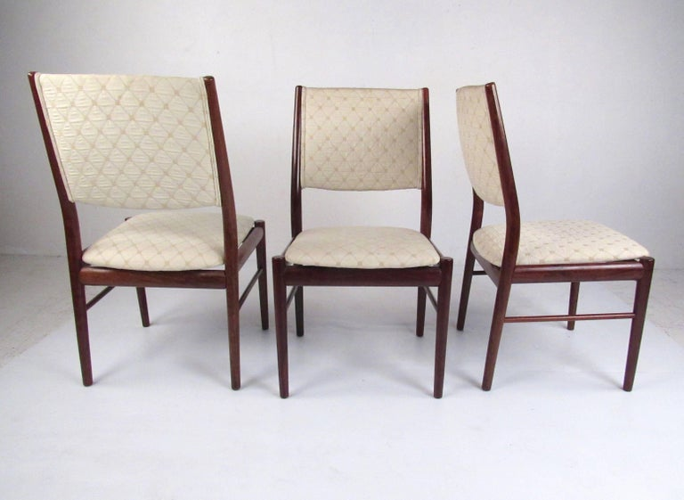 20th Century Scandinavian Rosewood Dining Room Set by Skovby For Sale