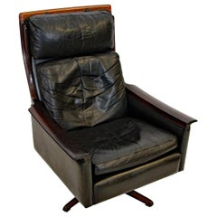 Scandinavian Rosewood and Leather Lounge / Office Chair
