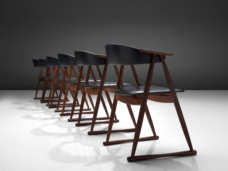 Scandinavian Modern Scandinavian Set of Six Dining Chairs in Leatherette and Teak For Sale