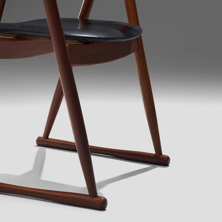 Scandinavian Set of Six Dining Chairs in Leatherette and Teak For Sale 2