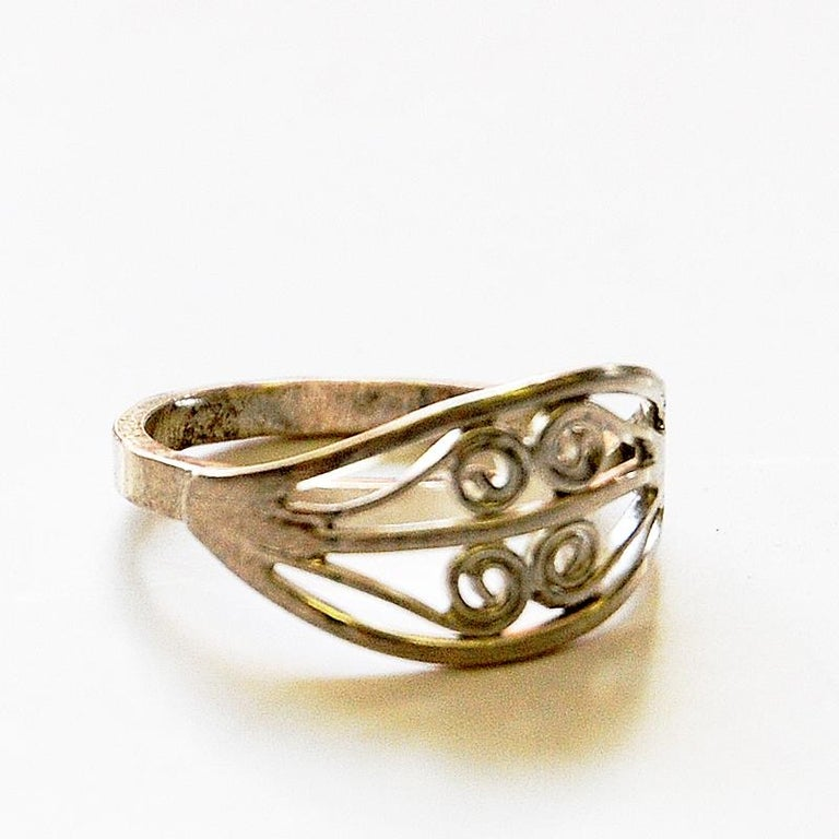 Mid-20th Century Scandinavian Silverring with Ornament Details, 1950s-1960s For Sale