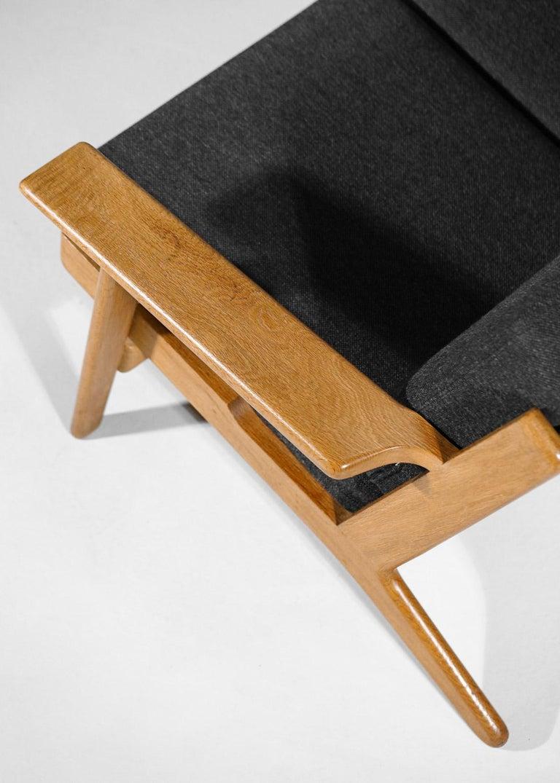 Scandinavian Sofa GE 290 Danish Designer Hans Wegner for GETAMA For Sale 5