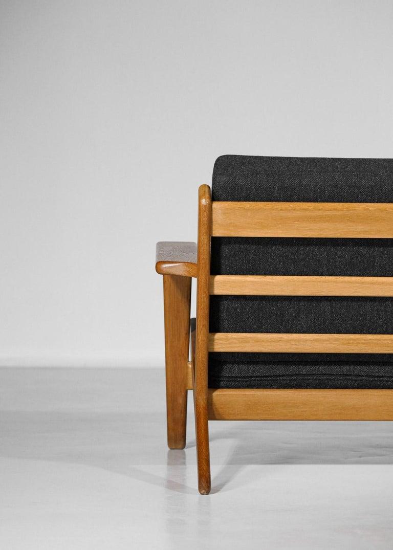 Scandinavian Sofa GE 290 Danish Designer Hans Wegner for GETAMA For Sale 10