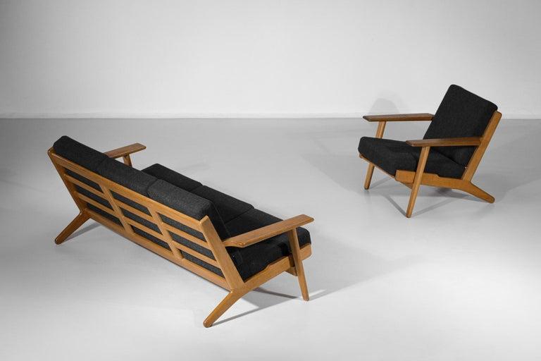 Scandinavian Sofa GE 290 Danish Designer Hans Wegner for GETAMA For Sale 13