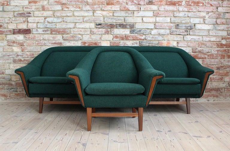 Scandinavian Modern Sofa Set by Holm Fabriker in Emerald Green Kvadrat Fabric, Mid-Century Modern For Sale