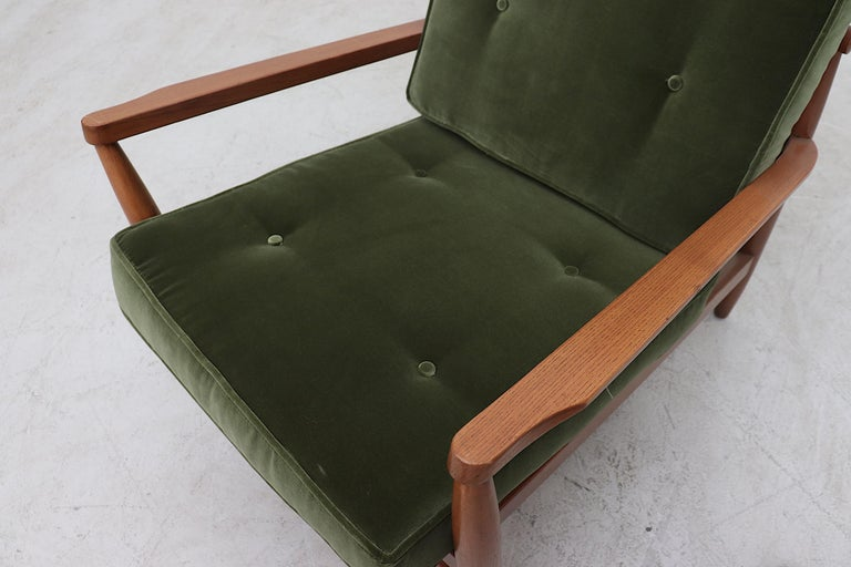 Scandinavian Spindle Back Lounge Chair For Sale 2